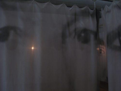 クリスチャン・ボルタンスキー アニミタス_さざめく亡霊たち 東京都庭園美術館